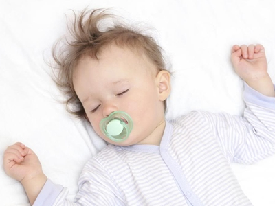 Is Bed-Sharing Safe for Your Baby?