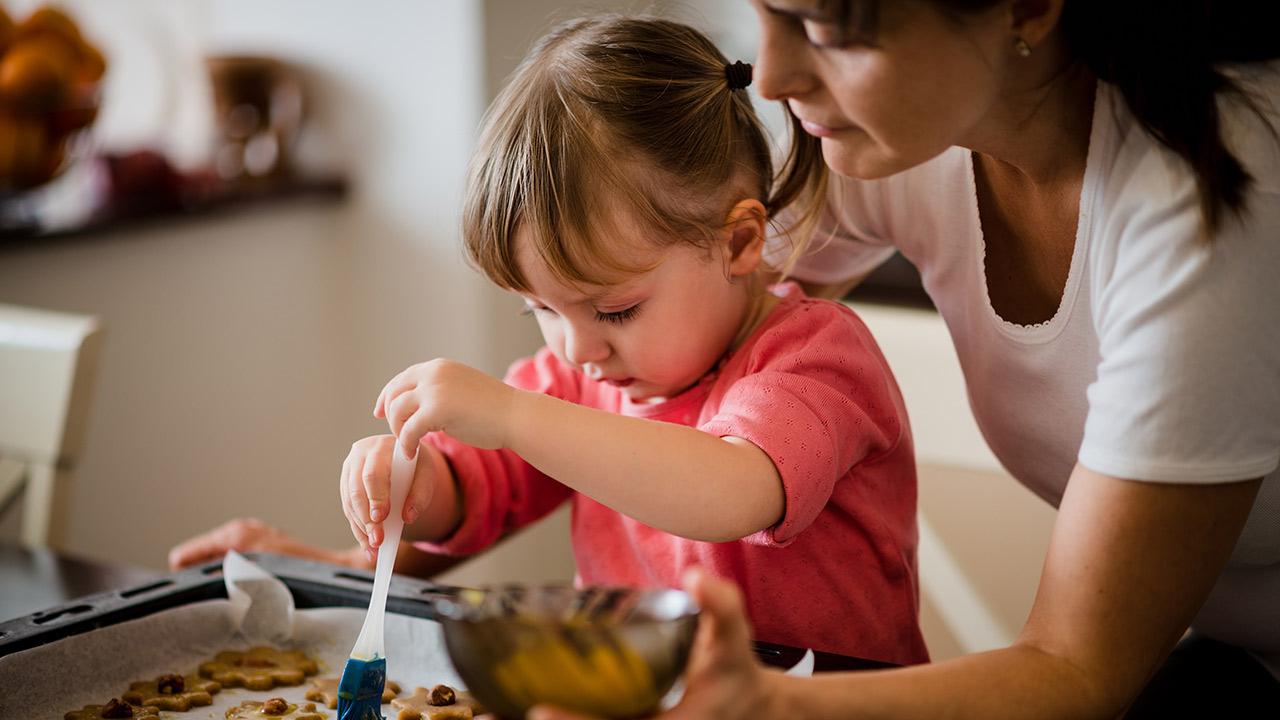 Kitchen Safety Tips for Kids | Children's Hospital Colorado